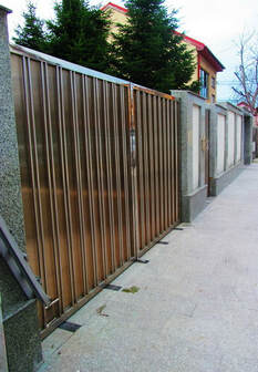 Stainless Steels Swing Gates Polycarbonate Plated