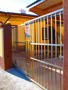 telescopic stainless steel gate