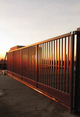 Industrial Steel Automated Cantilever Sliding Gate Leeds